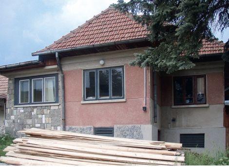 Proiect de renovare: o casa noua dintr-o casa veche