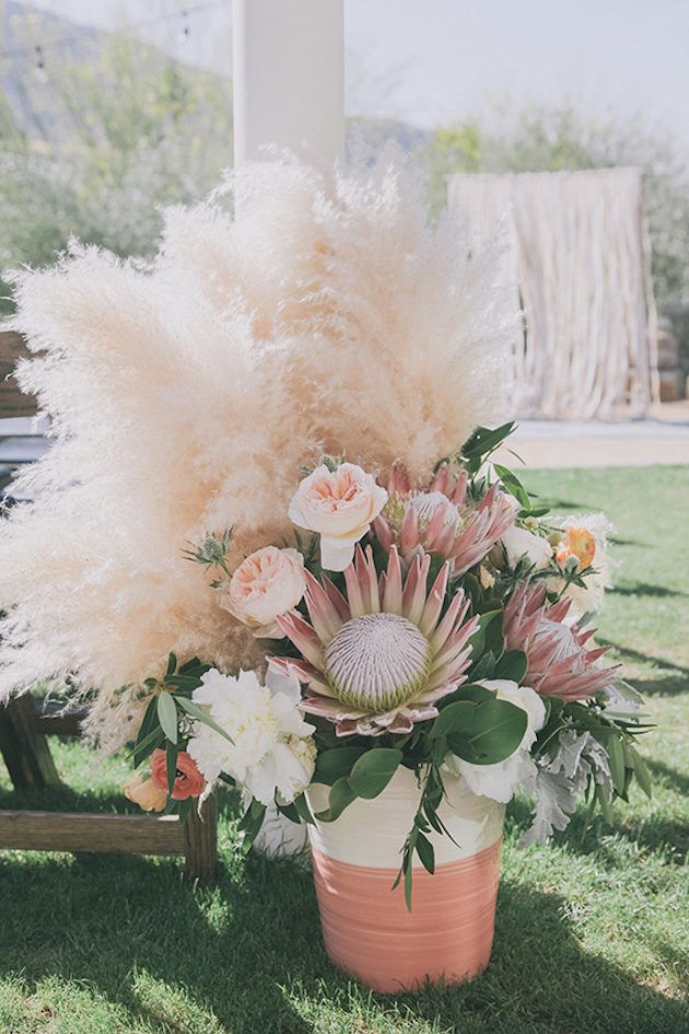 Gorgeous+Pampas+Grass+Ideas+for+your+Wedding+|+Bridal+Musings+Wedding+Blog+16