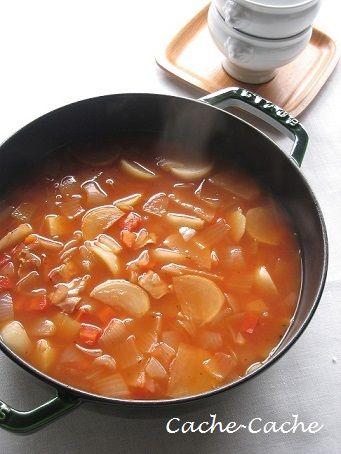Cache-Cache+:staubで焼いた 玄米&クランベリーパンと 野菜スープ、コールスローの朝食♪ :