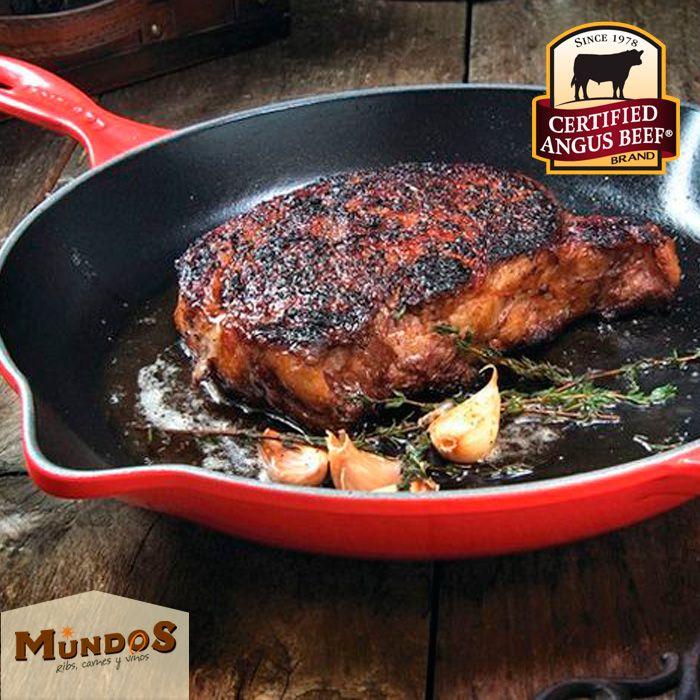 Somos los únicos que bajo el proceso#DryEdge maduramos la mejor carne delmundo, la#CertifiedAngusBeef  ¡Ven a probarla! .Reserva en el tel. 5371835 o enwww.mundos.com.co