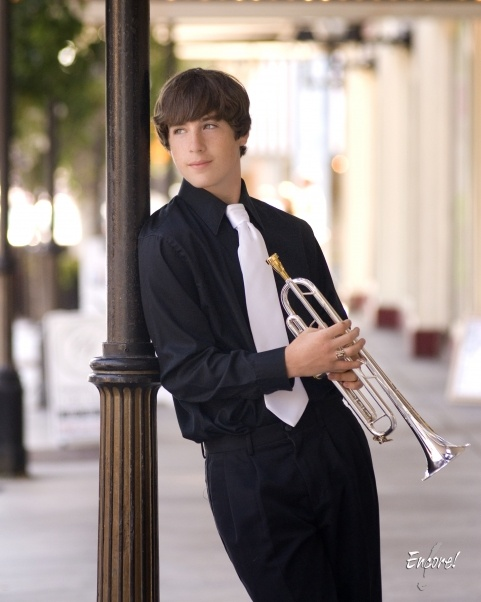 Senior Pictures with trumpet. Except trade the trumpet for a violin.