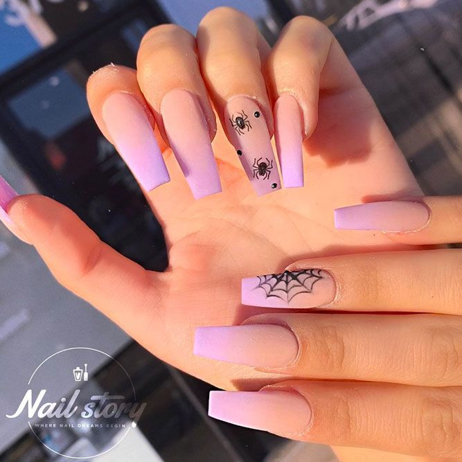 So Attractive Black Ombre Long Coffin Nails With Gold Glitter Coffinnails Stiletto Nails Designs Black Ombre Nails Casual Nails