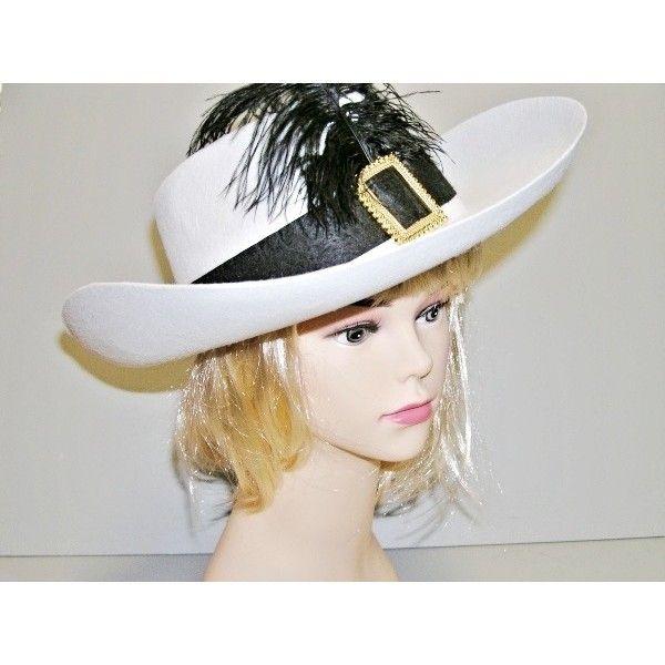 Mušketýrský bílý klobouk má obvod 59 cm.