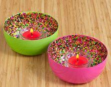 Ce duo de porte-bougies à réchaud Reflets pailletés décorera votre intérieur  d'un arc-en-ciel de couleurs. https://ambiance67.partylite.fr/Shop/Product/2826