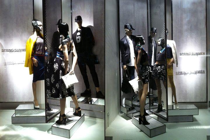 Витрина бутика Zara с необычными манекенами в Лондоне, Великобритания