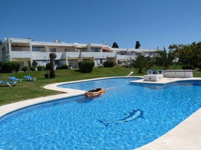 2 Bedroom, 1 Bathroom Nueva Andalucia Apartment for sale in Malaga Province, Spain – Ref 209958