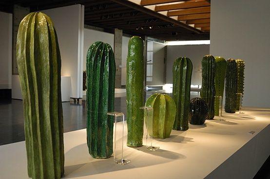 Lina Cofen - cactus, ceramica.