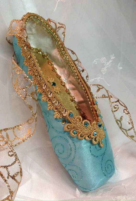 Sea green and gold decorated pointe shoe. by DesignsEnPointe