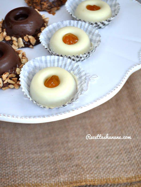 Pâtisseries au chocolat sans cuisson (mignardises)