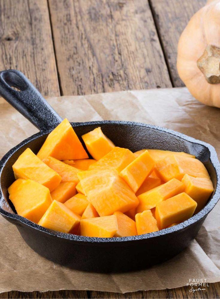 Wir freuen uns, wenn es Herbst wird und wieder Kürbis auf unseren Speisplänen steht! Kürbissorten gibt es mindestens so viele wie Rezepte dazu - aus ihm ka