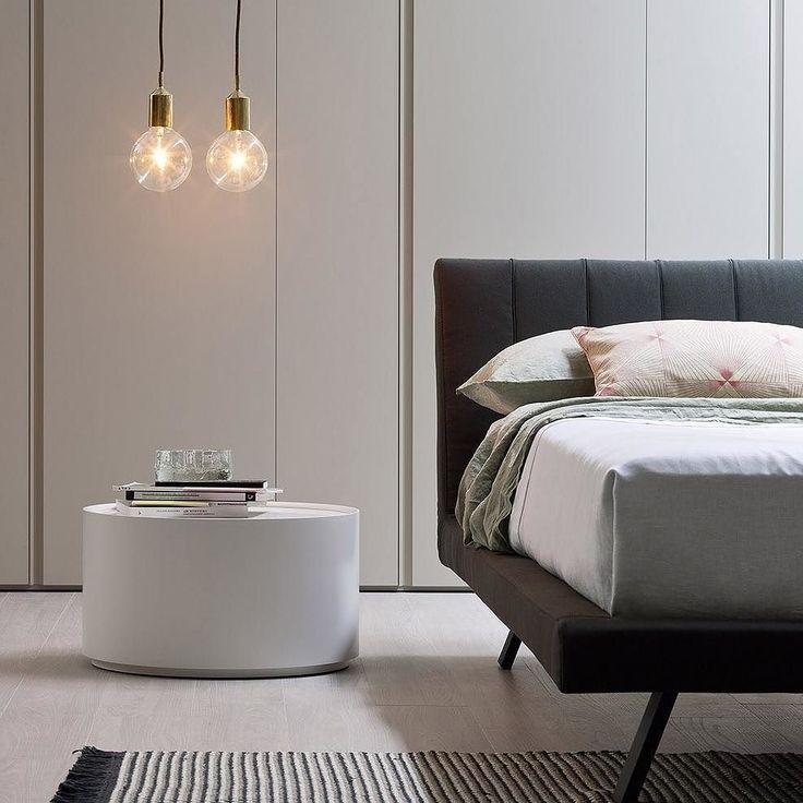 #Nachttisch #besidetable #nightstand #Tisch #Beistelltisch #Couchtisch  #Designtisch #Livarea #Novamobili #minimalistisch #minimalism #modern  #zeitlos #table ...