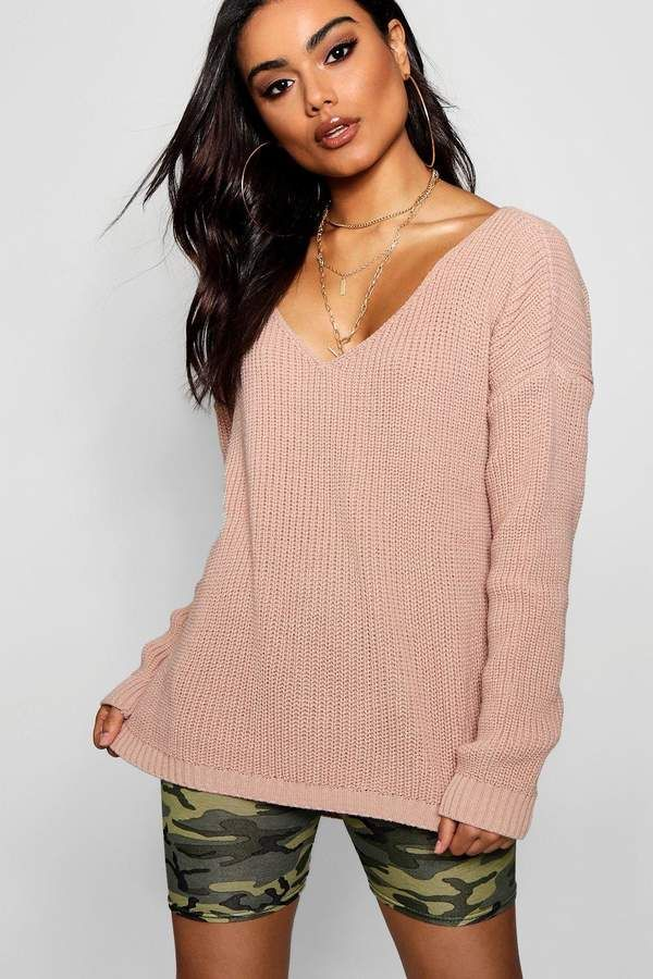 ade686abcd25 boohoo Sasha Oversized V Neck Jumper Tommy Hilfiger women's sweater. As  seen on the runway, this oversized sweater is made of soft mohair and wool,  ...