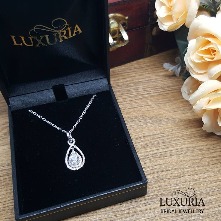 Gift for mother of the bride - a stunning diamond simulant pendant with itailan silver chain.   Luxuria jewellery.  925 sterling silver NZ