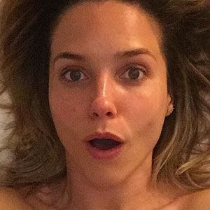 Sophia Bush Poses Topless in Honor of Amy Schumer