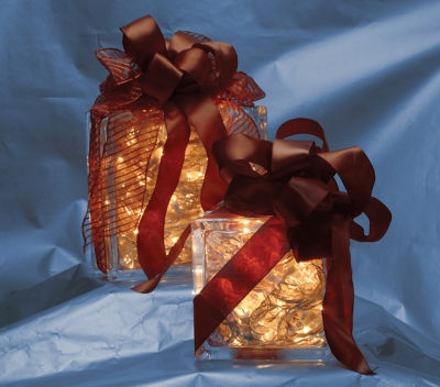 Lights in a boxChristmas Crafts, Glass Blocks, Christmas Jars, Glasses Decor, Christmas Presents, Gift Glasses, Christmas Decor Crafts, Christmas Ideas, Glasses Block Christmas