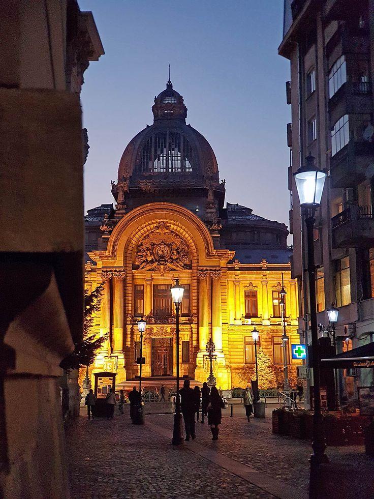 Stedentrip Boekarest: Boekarest by night