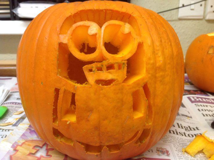 Minion pumpkin pre-light