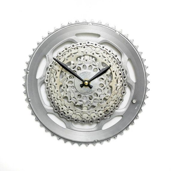 Shimano Bike Wall Clock - Bike Gear Wall Clock - Gift for Cyclist - by www.treadandpedals.etsy.com  #cyclinggift #cycling #velo #bike #etsy #etsyfinds #bikeclock