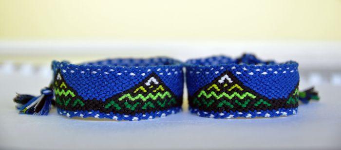 Friendship bracelet, mountain pattern