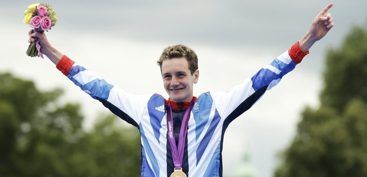 Alistair Brownlee was the favourite to win gold in the men's triathlon that combined a 1,500m swim, 43km cycle and 10km run  around London's Hyde Park.