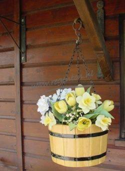 Hangbakje Robinia met ketting gelakt 17x25 cm
