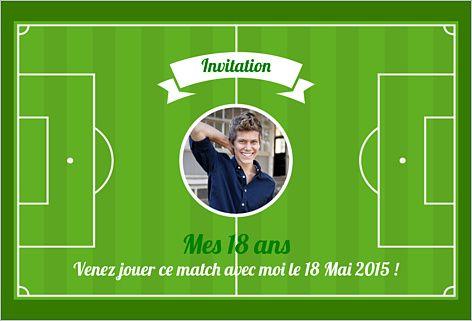 Carte d'invitation anniversaire adulte : Terrain de foot à personnaliser sur Popcarte.com