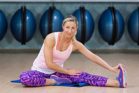 Pěkně vypracované a zpevněné hýždě a stehna? Nic nemožného! Vyzkoušejte naši cvičební dvacetiminutovku!