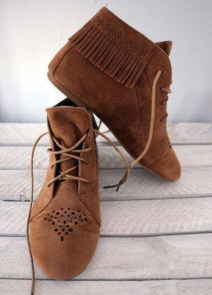 Kup mój przedmiot na #vintedpl http://www.vinted.pl/damskie-obuwie/botki/16917267-camelowe-botki-zamszowe
