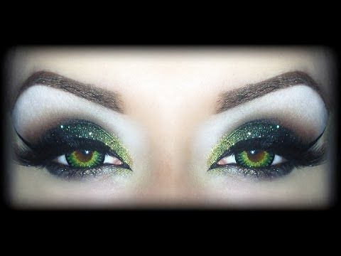 SEXY HALLOWEEN Makeup Tutorial - The Wicked Witch of the West (Theodora, Zelena or whatever...) - YouTube