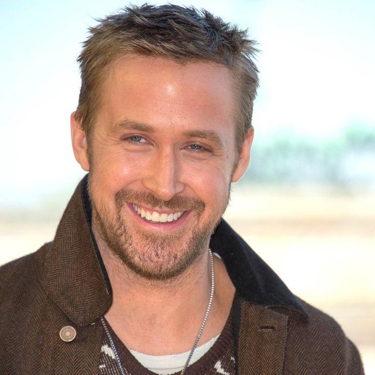 Ryan Gosling absolutely stunning at Blade Runner 2049 Photocall yesterday in Berlin #RyanGosling #BladeRunner2049