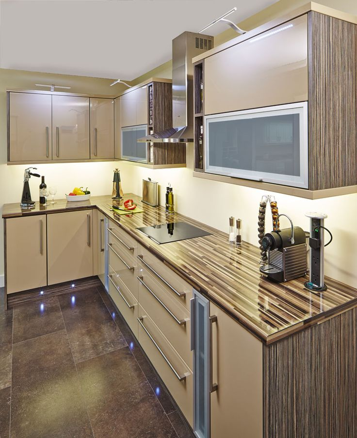 How To Make Glass Kitchen Cabinet Doors: 1000+ Ideas About Glass Cabinet Doors On Pinterest
