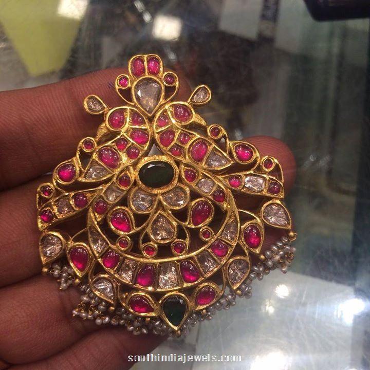 Antique Gold Ruby Pendant Design
