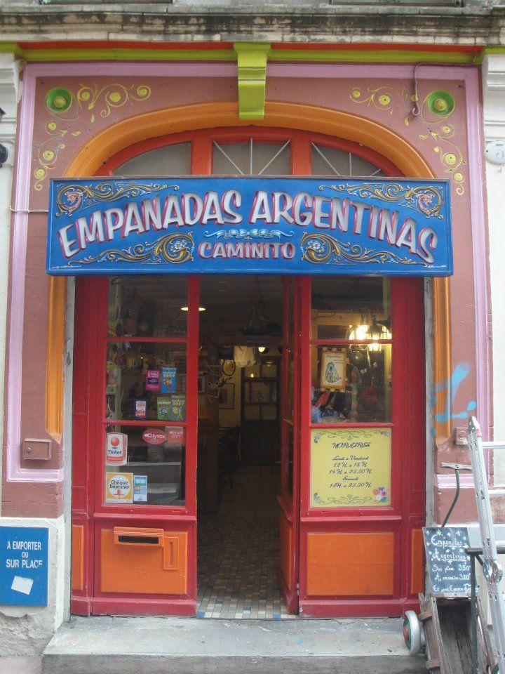 Bar con Fileteado, un arte tipicamente porteño. Buenos Aires, Argentina
