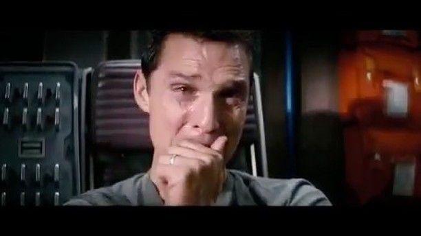 """""""Zaman ve mekanı aşabilen tek şey sevgidir"""" Interstellar  Yönetmen: Christopher Nolan  Oyuncular: Matthey McConaughey, Anne Hathaway  Yapım yılı: 2014 IMDB puanı: 8.6  Türkçe adı: Yıldızlararası  #interstellar #matthewmcconaughey #annehathaway #jessicachastain #christophernolan #yıldızlararası #cult #cinema #cinephile #cultmovie #movie #movies #movietime #greatmovie #lovethismovie #favoritemovie #sinema #sinefil #sinemakeyfi #dram #scifi #bilimkurgu #klasik #cultfilm #moviescene…"""