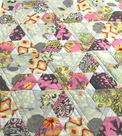 17 Best images about jaybird quilts on Pinterest Triangle quilts, Fat quarters and Quilt