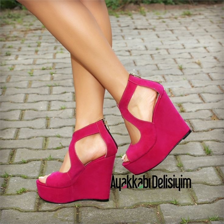 Romeo Süet Fuşya Dolgu Topuklu Ayakkabı #pink #shoes
