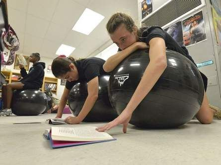Alternative Classroom Seating Helps Seventh-Graders Focus | TheLedger.com