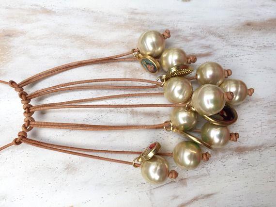 Collier Pearls of Mu, perles de Majorque et cuir