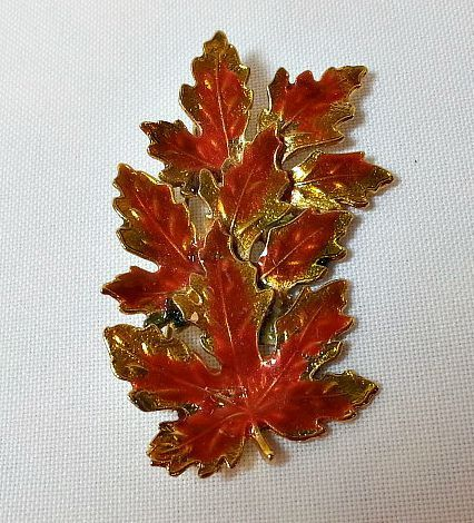 Maple Leaf Autumn Colours Brooch
