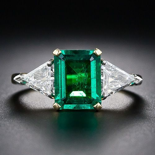 Stunning emerald and diamond ring.