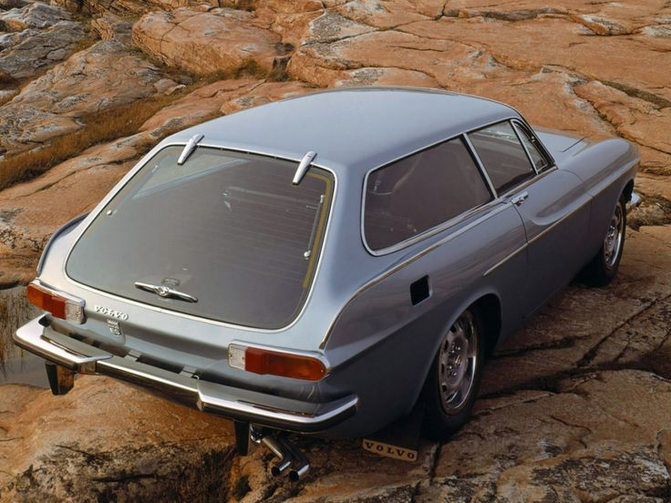 Volvo 1800ES: Only made for 2 years - then US safety rules finished off the 1800 series. The shooting brake format is cribbed from the Reliant Scimitar but is a better piece of work. Frameless glass hatch.