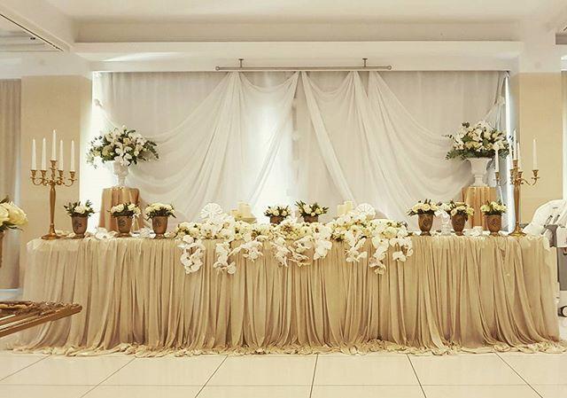 """#whiteandgold  #weddingtheme  #weddingdecor  #weddingflowers  #weddingflorist  #orchids  #roses  #eucalyptus  #cvijecezavjencanje  #vjencanje  #orhideja  #bijelovjencanje  #ruze  #zlatnovjencanje  #cvjecarnica_lotus  #drugacija_od_drugih"" by @cvjecarnica_lotus. #bridalstyle #weddingfashion #weddingdream #weddingidea #bridalinspiration #bridalinspo #rusticwedding #невеста #prewedding #bridalgown #bridaldress #свадебноеплатье #vestidodenoiva #couture #gelinlik #gown #weddingtime #theknot…"