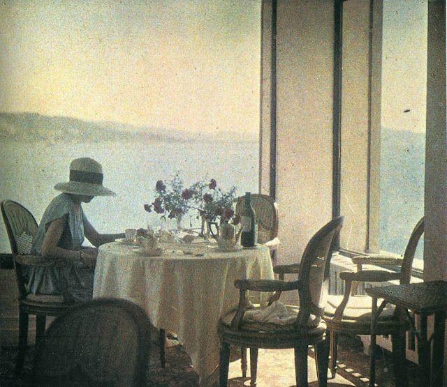 1915 photo by Jacques Henri Lartigue
