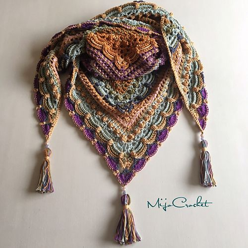 Free pattern. This pattern can be customized to your size with any yarn or hook size.