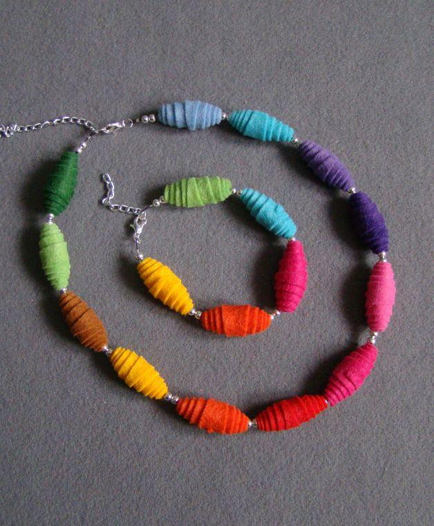 Felt Jewellery – Felt necklace and bracelet – a unique product by Ifffka on DaWanda