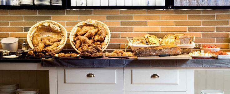 Hotel Prakitk Bakery- Breakfast Set  up