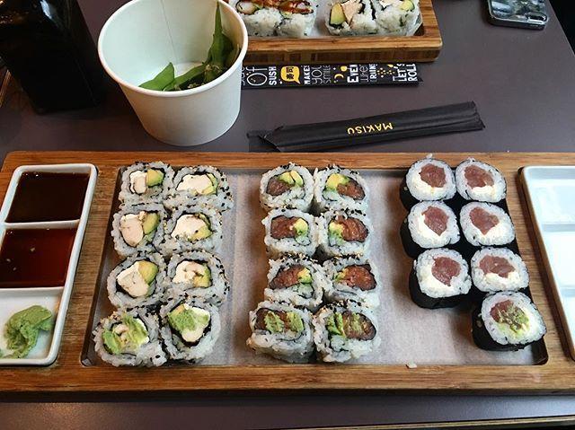 Oops, j'ai pas pu résister! 🍣 #instaday#instamood#instafood#sushi#makisu#makisubrussels#foodporn#bruxsel#brussels#picoftheday#instagood#yummy#delicious#dinner#follow#tagsforlike#maki#selfie#photooftheday#inked#ink#belgium#lifestyle#restaurant#bruxellestown  Yummery - best recipes. Follow Us! #foodporn
