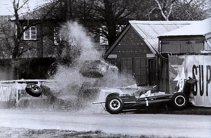 f1 Jim loses the duel with Black Jack ( & Pilette), Aintree 1964.