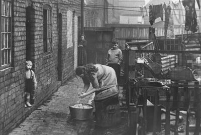Poor housing conditions in Leicester in the 1950s.