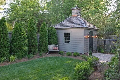 Garden shedGarden Sheds, Backyard Sheds, Backyards Sheds, Little Gardens, Chicken House, Small Gardens, Gardens House, Gardens Border, Gardens Sheds